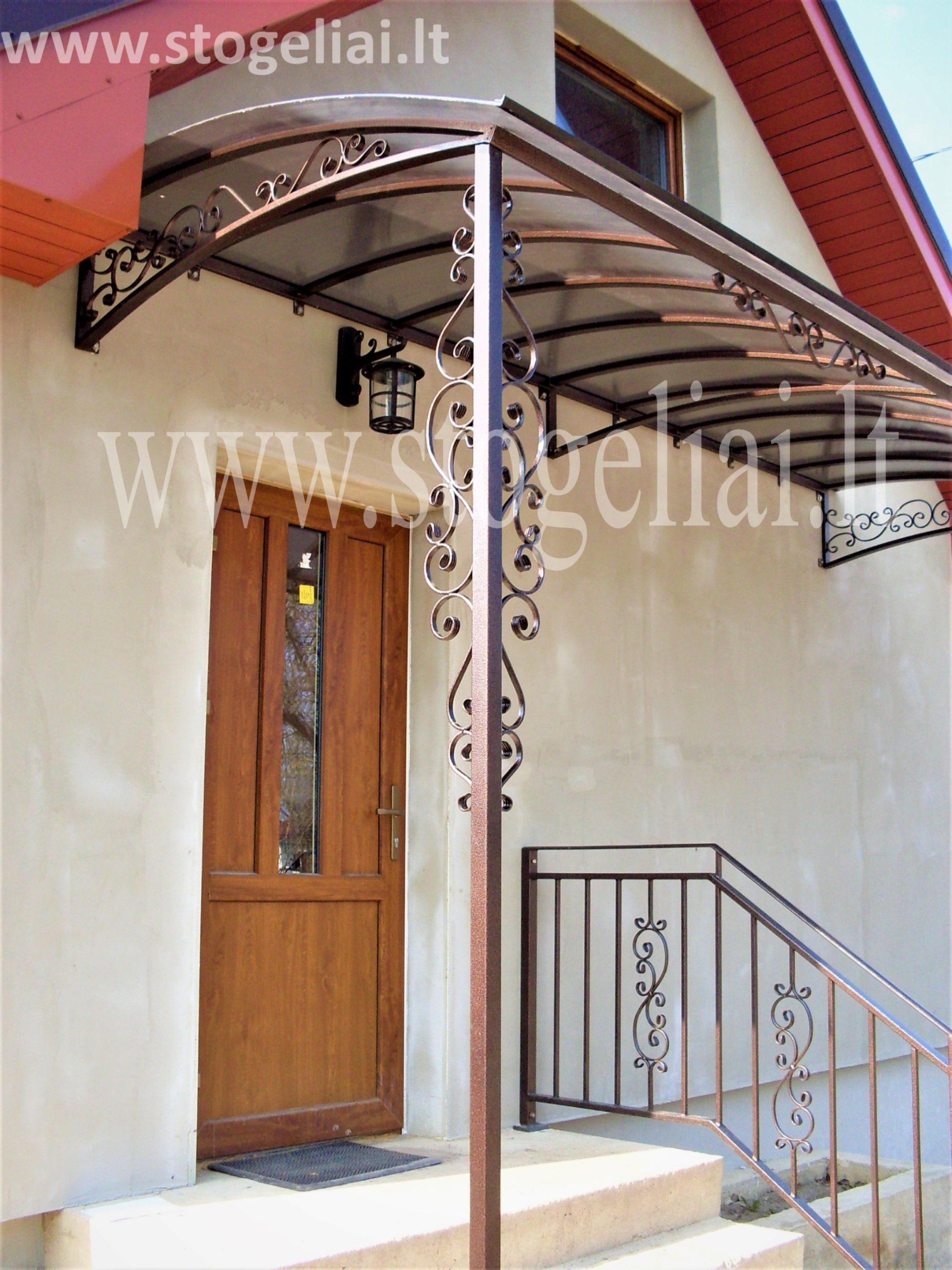Balkoninis stogelis su kolona